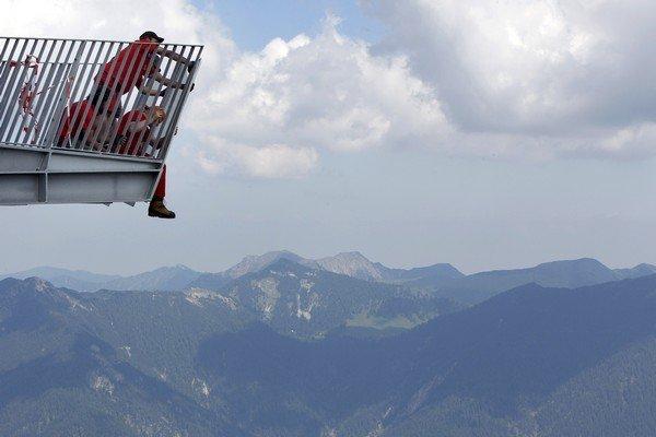 Alpspix Platform in Germania: La piattoforma alpina sospesa a  mille metri nel vuoto (foto e panorami)
