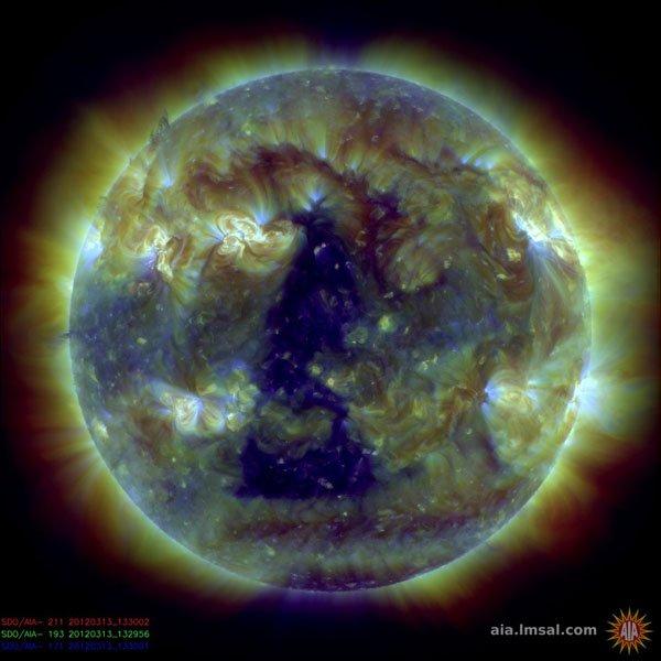 Il Sole oggi 13 Marzo 2012