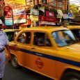 Un'affollata via di Calcutta, dove Sheru fu costretto a mendicare, poi il lieto fine :)