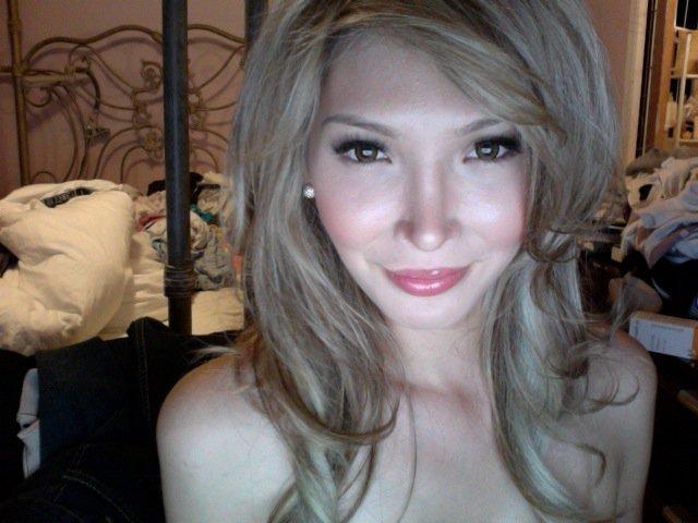 Jenna Talackova, nata maschio e divenuta donna, potrà ora partecipare alla finale di Miss Universo Canada