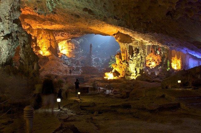 Grotte di Ha Long in Vietnam