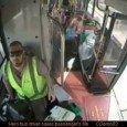 Autista salva passeggero in un bus australiano