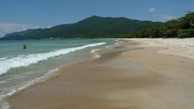 07-playa-lopes-mendes-brasile
