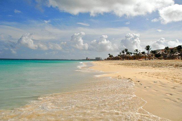 09-eagle-beach-aruba