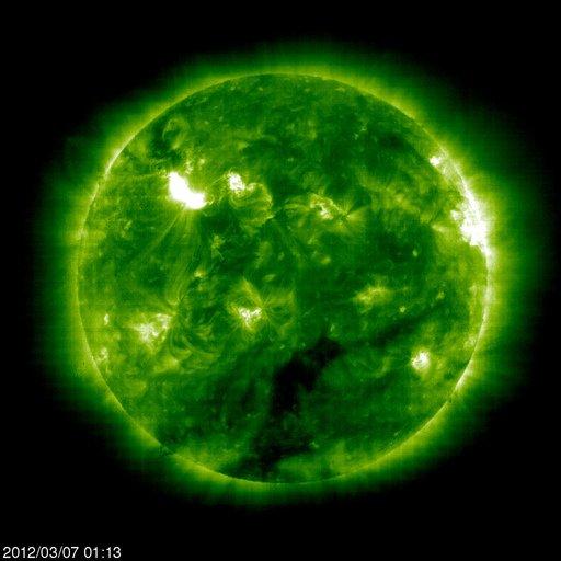 Tempesta Solare, foto del Sole il 7 Marzo 2012