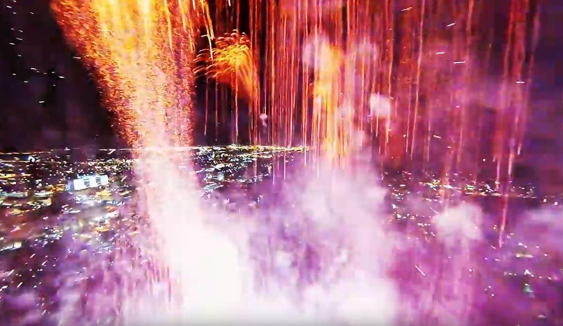Tra i fuochi d'artificio col drone!
