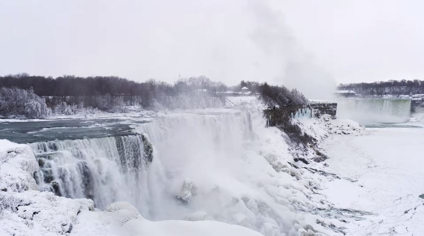 Cascate del Niagara congelate